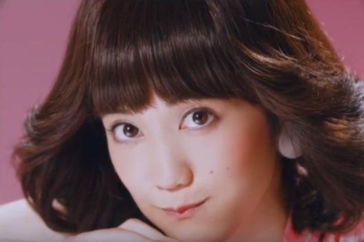 モス「桜えびコロッケバーガー」CM2
